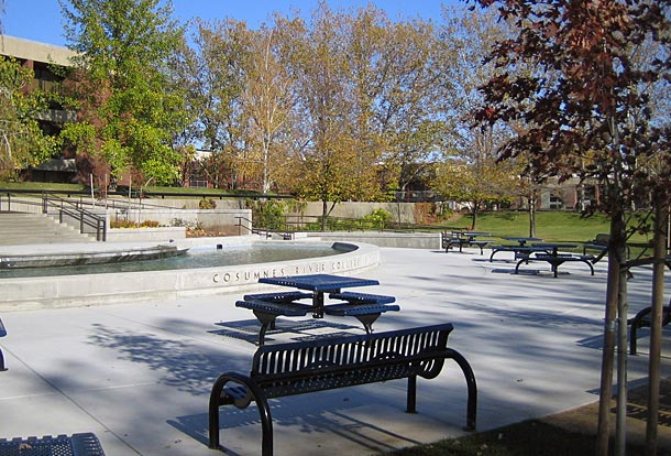 Cosumnes River College Fountain Courtyard. Los Rios Community College District